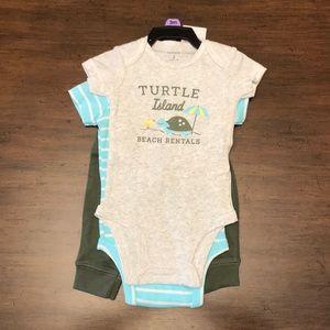 Carter's onesie set